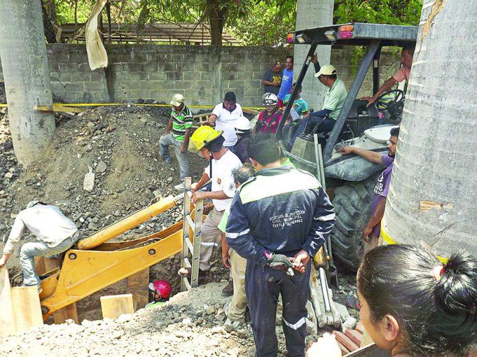 Obrero Terminó Sepultado al Derrumbarse Construcción