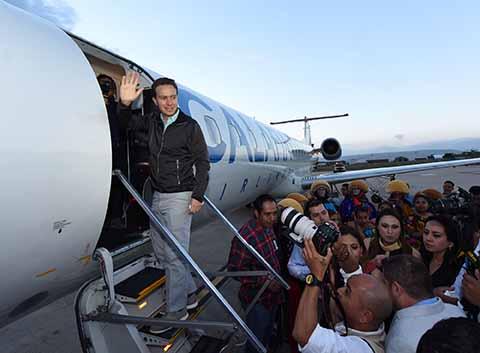 """Se ha ampliado la oferta de servicios y productos para visitantes nacionales y extranjeros, y eso conlleva a que haya más afluencia y mayores beneficios para las miles de familias que viven del turismo en Chiapas"""", manifestó el Gobernador."""