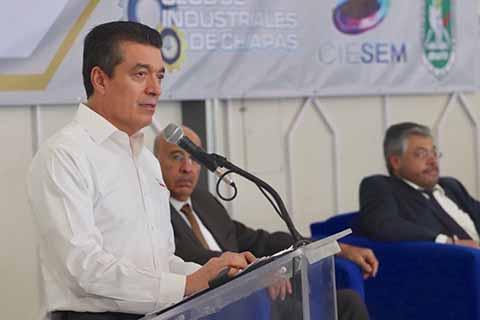 Promete Rutilio Escandón un Gobierno Democrático