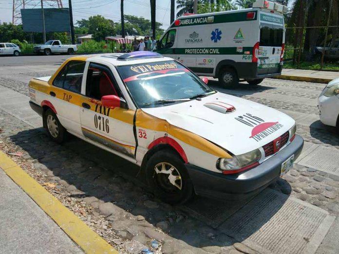 Taxista Embiste a Motociclista