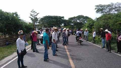 Cuatro Lesionados en Enfrentamiento por Problema de Proyectos Par Comunidades
