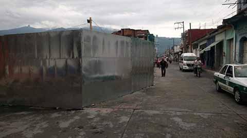 Constructoras Invaden Banquetas en Huixtla