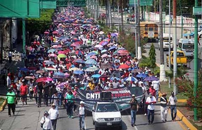 Protesta Magisterial en Diversos Estados del País; hoy No Abrá Clases en la Entidad