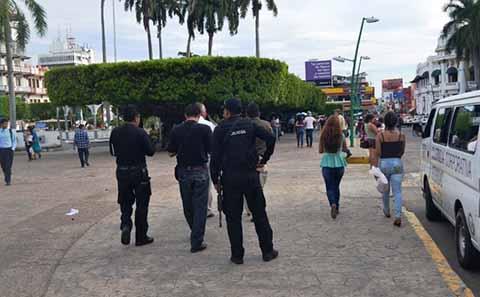 La Policía Realiza Limpia de Franeleros en la Ciudad