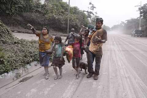 La cifra de muertos por la erupción del volcán Fuego en Guatemala el domingo subió a 109, informó este jueves el Instituto Nacional de Ciencias Forense
