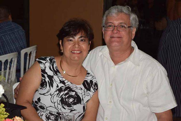 Cecilia, Luis Silva.
