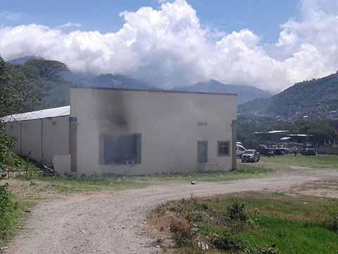 Incendian Bodega con Despensas en Motozintla