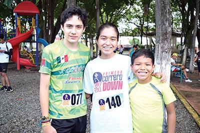 Ricardo Méndez, Valeria Hernández, Santiago Hernández.