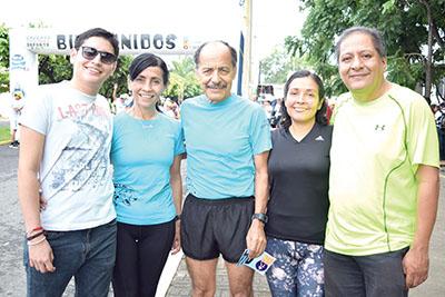 César García, Elsy Paz, Pablo Martínez, Kary López, Gustavo Reyes.