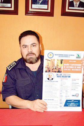Pascual Andrés Luna, comandante del Heroico Cuerpo de Bomberos.