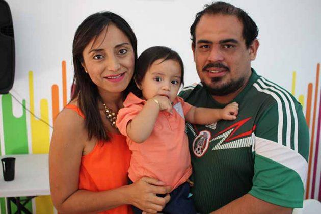 Bersy Tovilla, Renata, Williams Victorio.