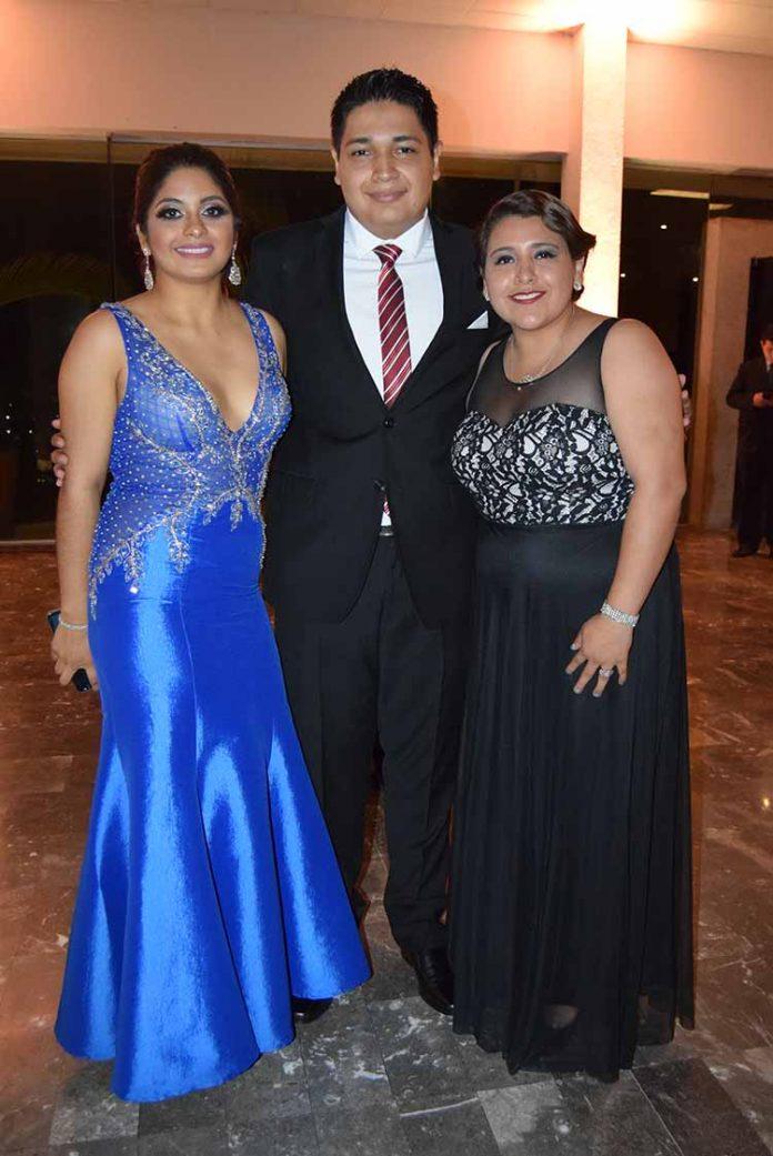 Elena Méndez, Jorge Palacios, Mara Aguilar.