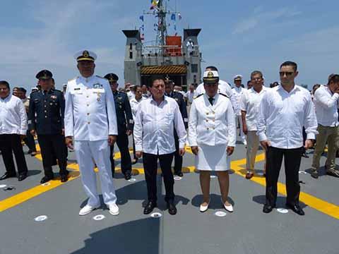 La Secretaría de Marina Armada de México, rindió un homenaje a los marinos caídos en cumplimiento de su deber, en el marco de la celebración del Día de la Marina.