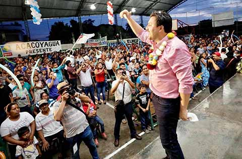 """En Unidad Llevaremos al Triunfo a """"La Fuerza de Chiapas"""": Fernando Castellanos"""