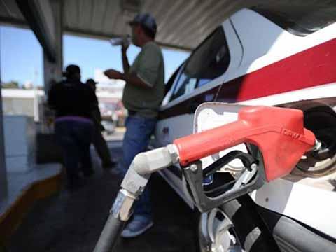 Gasolina Magna Rompe Barrera de 19 Pesos por Litro