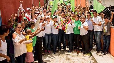 El aspirante a la presidencia municipal de Tapachula, Enrique Zamora Morlet, recorrió las colonias Xochimilco, El Vergel, El Porvenir y Loma Linda, donde se comprometió en atender a grupos vulnerables y programas a favor del adulto mayor.