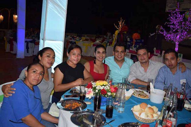 Claudia Coronel, Elisa Escalante, Laura Mejía, Selene Martínez, Luis Trujillo, Edwin Villatoro, Mauricio Estrada.