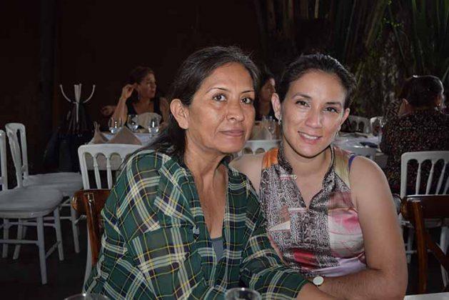 Elisa Álvarez, Elisa Hernández.
