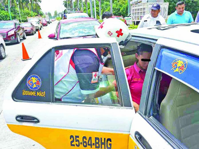 Dos Lesionados en Fuerte Choque