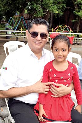 Ismael, Valeria Escobar.