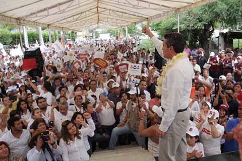 Tutilio Escandón Visita Colonias de Tuxtla Gutiérrez