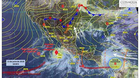 El Huracán Bud Categoría 3 Provoca Torrenciales Lluvias en el Pacífico