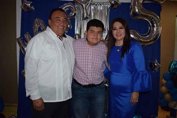 Carlos Vázquez, Carlos, Sonia Nájera.