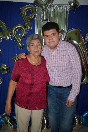 Guadalupe Díaz, Carlos Vázquez.