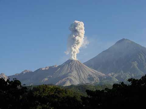México Cuenta con Doce Volcanes Activos