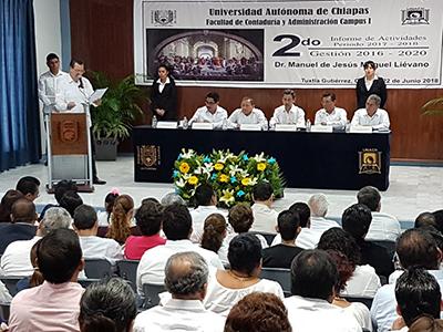 Rinde Director de la Facultad Contaduría y Administración Segundo Informe de Actividades
