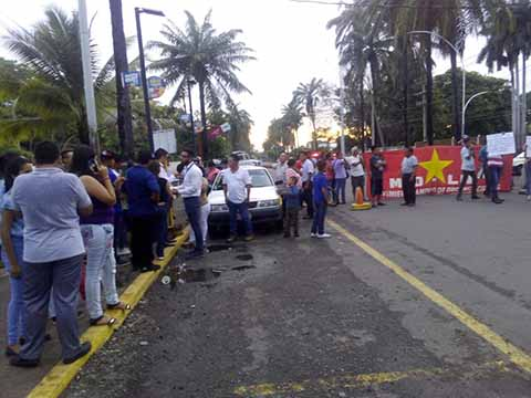 Protestan en Hospital de Tapachula por Fallas en la Atención MédicaProtestan en Hospital de Tapachula por Fallas en la Atención Médica