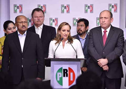 Claudia Ruiz Massieu Asume la Presidencia Nacional del PRI