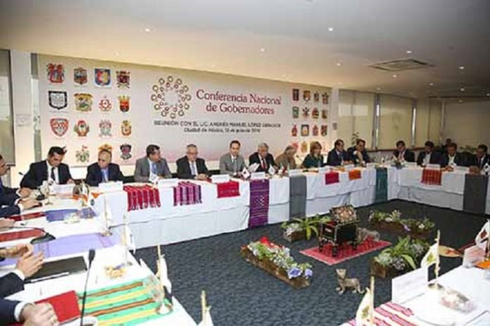 Manuel Velasco Coello expresó a nombre de sus homólogos el respaldo entusiasta y comprometido de la CONAGO al proyecto político de Andrés Manuel López Obrador, presidene electo de México.
