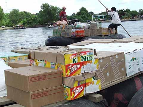 Cientos de toneladas de productos básicos están siendo ingresados cada día a México y a Guatemala, sin que las autoridades lo hayan percibido, sostuvo Ronald Zaquín, vicepresidente de la Asociación de Comerciantes Organizados San Marcos.