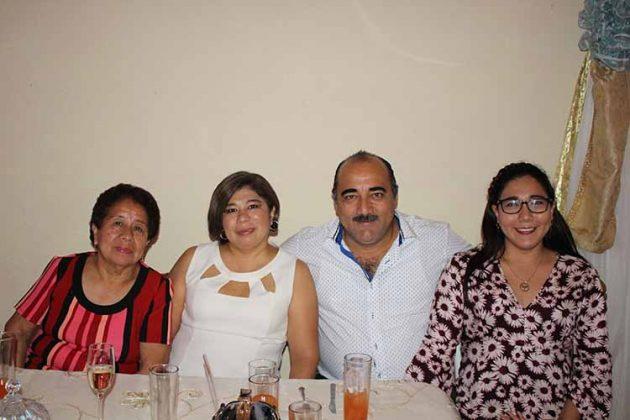 Rita Gamboa, Arely Castillo, Gilberto, Arely Barrios.