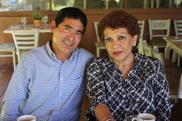 Francisco Chacón, Hilda Quintana.