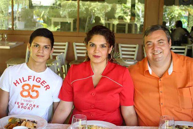 Alejandro, Ana Rita, Sergio Herran.