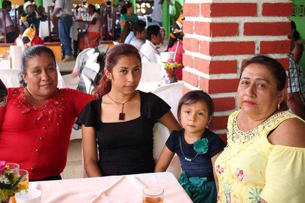 Patricia Álvarez, Mercedes Guzmán, Frida Guzmán, Mercedes Díaz.