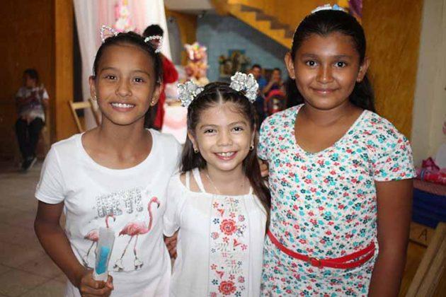 Fernanda López, Hannia Galindo, Lucía Rodríguez.
