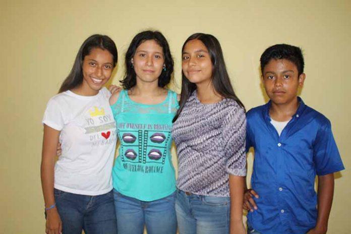 Daniela López, Paula Cáceres, Xitlalic Morales, José Becerra.