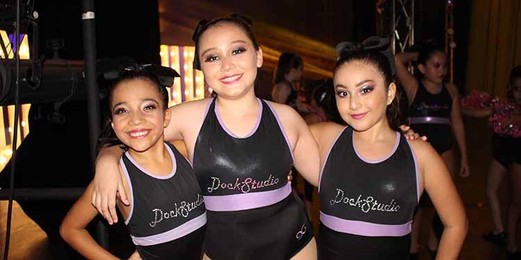 Stacey Villatoro, Fernanda Aranzola, Melissa Zamora.