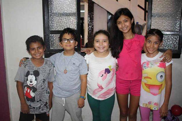 Alex Trujillo, Cristóbal Rivera, Ximena Ojeda, Jennifer Molina, Renata Quezada.