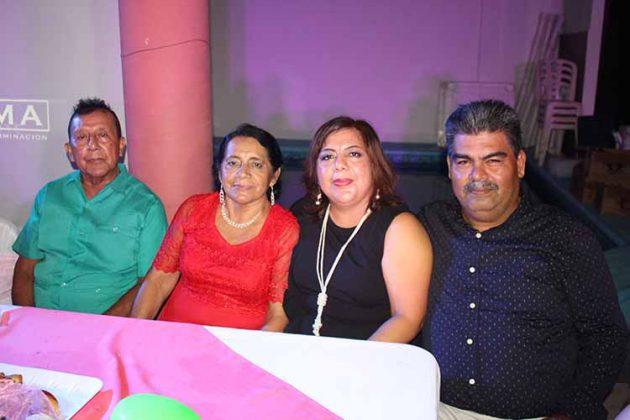 Regulo Hernández, Lucia Galindo, Juanita Hernández, Ángel Trujillo.