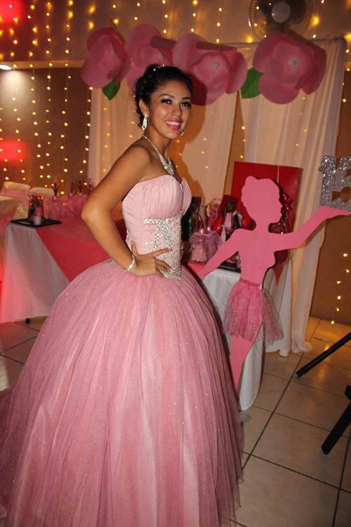 Ximena Aquino.