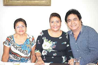 Adelaida Vilches, María Rosales, José Alonso.