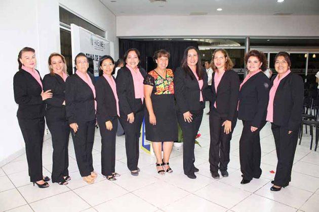 Argelia Komukai, Marycarmen Elorza, Angélica Bonel, Azucena Cotoc, Lulú Santos, Elisa Tort, Sandra Hernández, Luz de la Cruz, Blanca Flores.