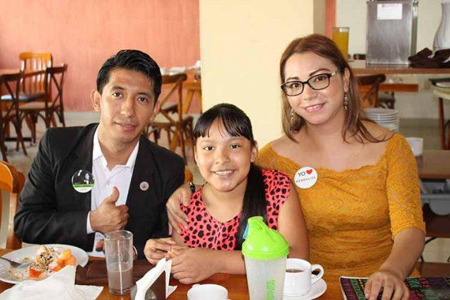 Valentín Pérez, Andrea Berenice, Yuliana Pérez.