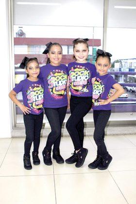 Luisa Zacarías, Ary Zacarías, Camila Contreras, María José Ortega.