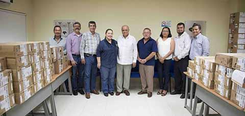 Dotan a Unidades Académicas de la UNACH con Equipos de Cómputo