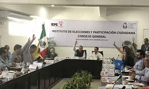 En el municipio de Santiago del Pinar, los funcionarios de casilla reportaron que el primero de julio hubo un intento de cooptación del voto que terminó en un enfrentamiento con piedras y palos.